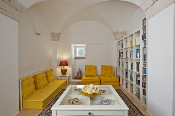 Lounge Room2